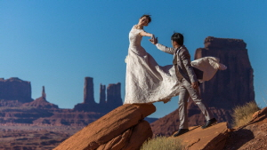 Monument Valley Engagement Packages